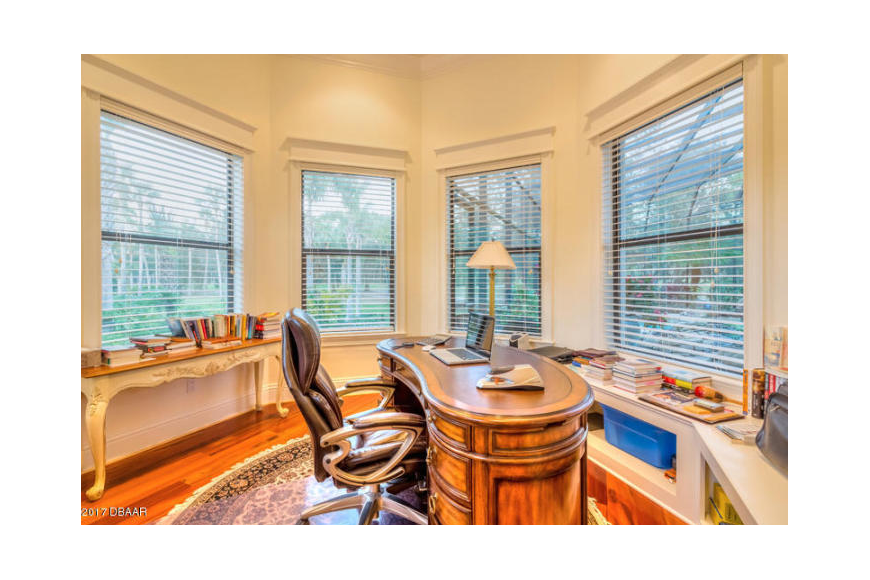 This room in the top seller was used as an office. Courtesy photo