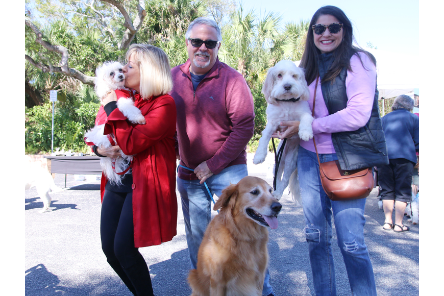 Nancy Lohman, Mike and Stacy Leonard, along with Snowball, Charlie and Maggie at OMAM's Dogapalooza 2020 on Saturday, Jan. 25. Photo by Jarleene Almenas